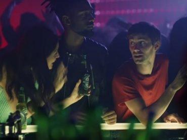 Heineken muda posicionamento com a campanha Trouble to Connect